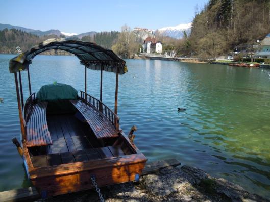 Pletna, típica embarcación del lago Bled